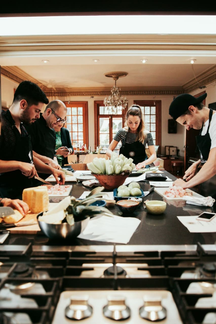 Traditional mexican cooking class airbnb for Traditional mexican kitchen