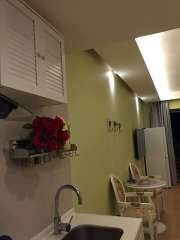 惠州华润小径湾30楼正南看海,舒适万豪五星级酒店床垫、可自己做饭, - 广东省