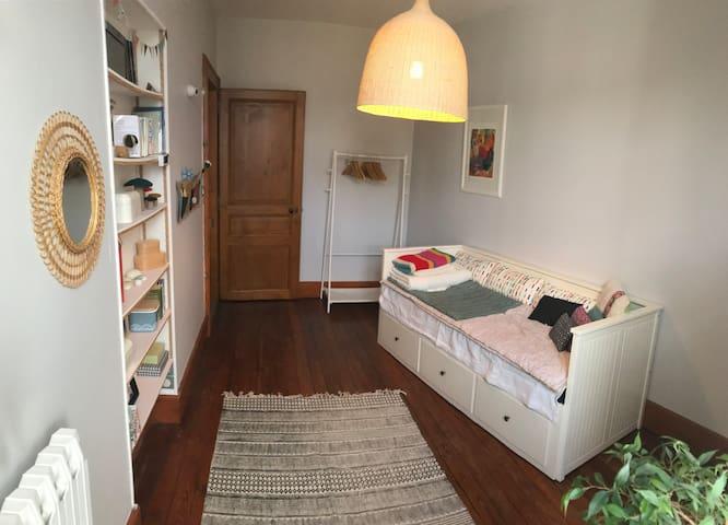 Chambre(s) privative(s) dans bel appartement