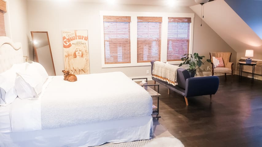 Dog Hill Carriage House - In The Heart Of Downtown