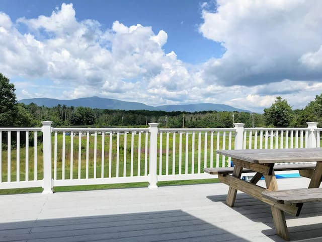 6BR, Mountain Views, Fire Pit, Skiing, Familes