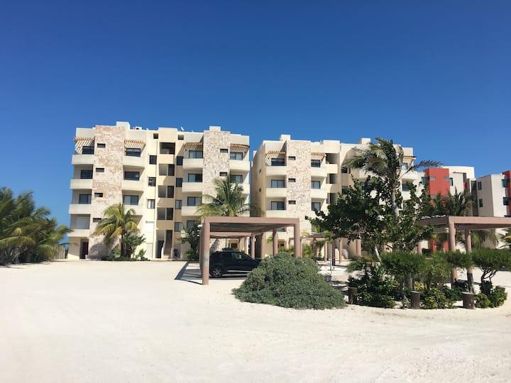 BeachFront luxury Condos near Telchac Puerto