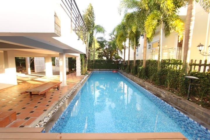 6Rooms SeeSight Pool Villa