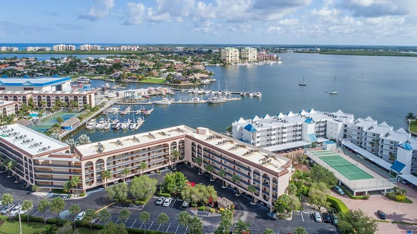 Upscale and Chic...fully remodeled 1 bedroom-1 bath TOP FLOOR condo in Island Resort Complex.