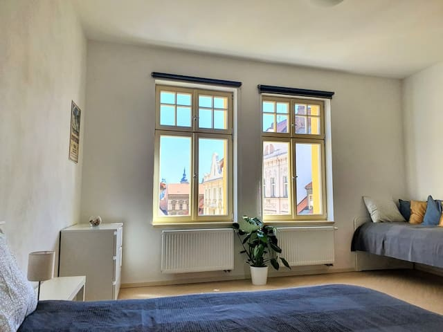 LUXURY APARTMENT IN THE CITY CENTER UP TO 5 PERS.
