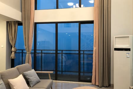 【海口湾保利】复式loft大户型全海景四房超大浴缸