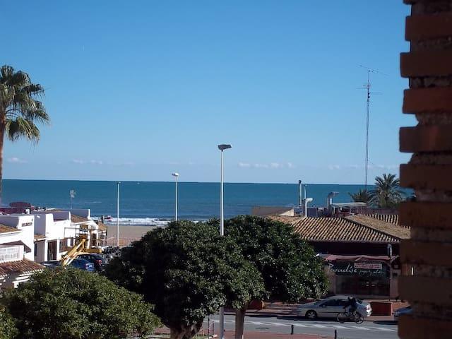 Joli appartement avec une belle vue sur la plage - Platja de l'Arenal - Apartemen