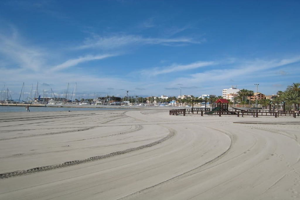 Spacious Beaches & the Best Climate in Spain (WHO stats)