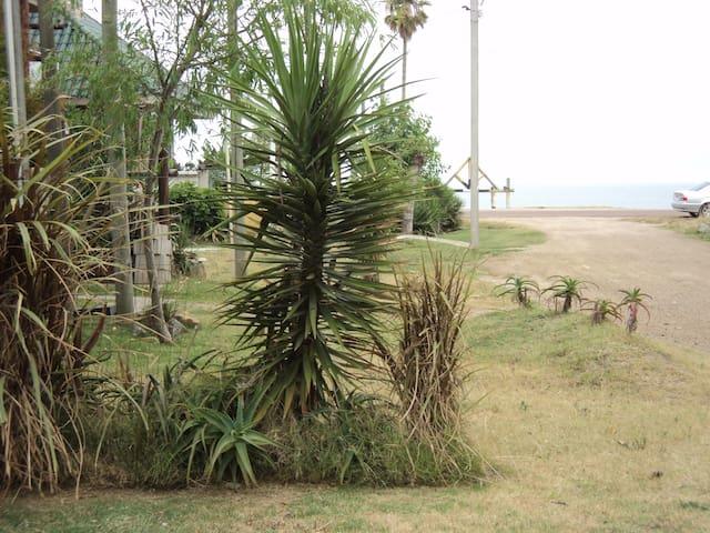 Cerca del mar en Atlántida - Atlantida - Casa