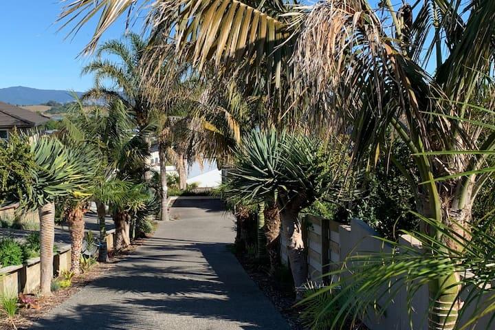 Palm Drive Apartment