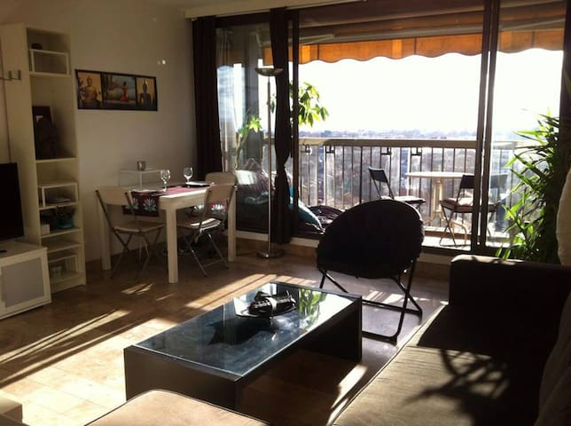 SUNNY F2 GREAT LOCATION BALCONY TOP VIEW - Montpellier - Appartement