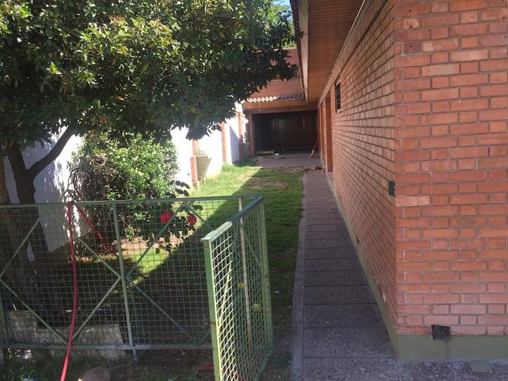 Hermosa casa con Pileta Godoy cruz