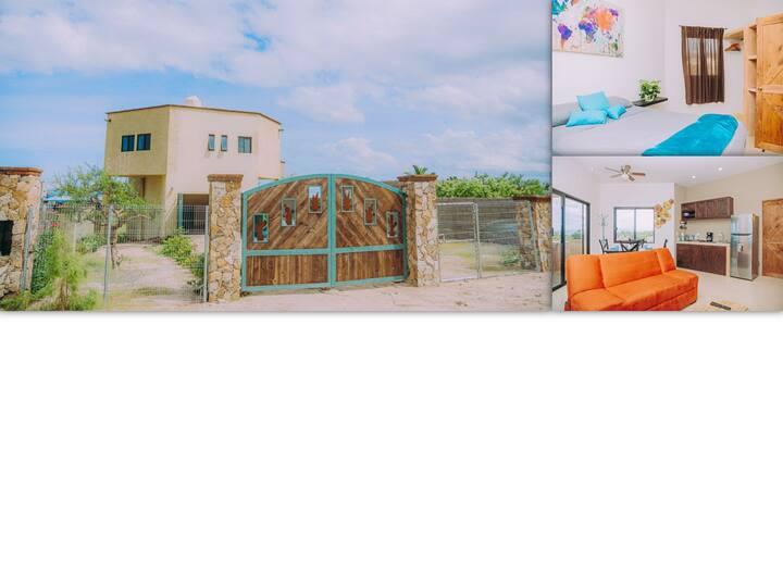 Casa Monte Azul  -  Amazing Garage!, BBQ terrace!