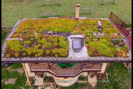 "Strawbale ECO cottage ""Popasul Verde"""