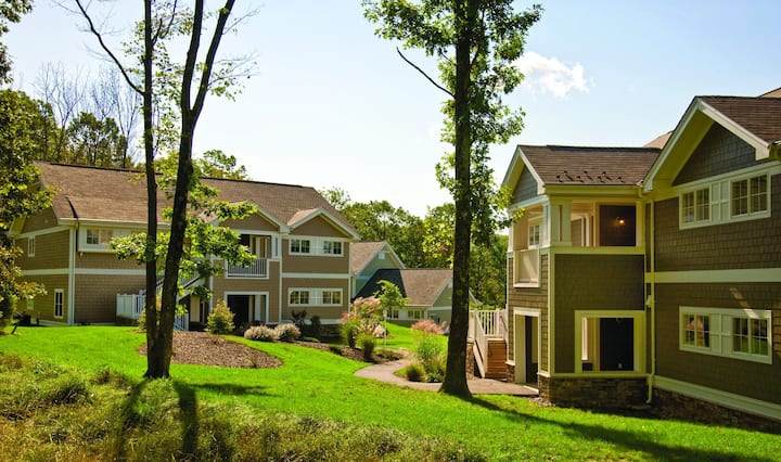 Celebrate New Year's in a Nice unit at Poconos