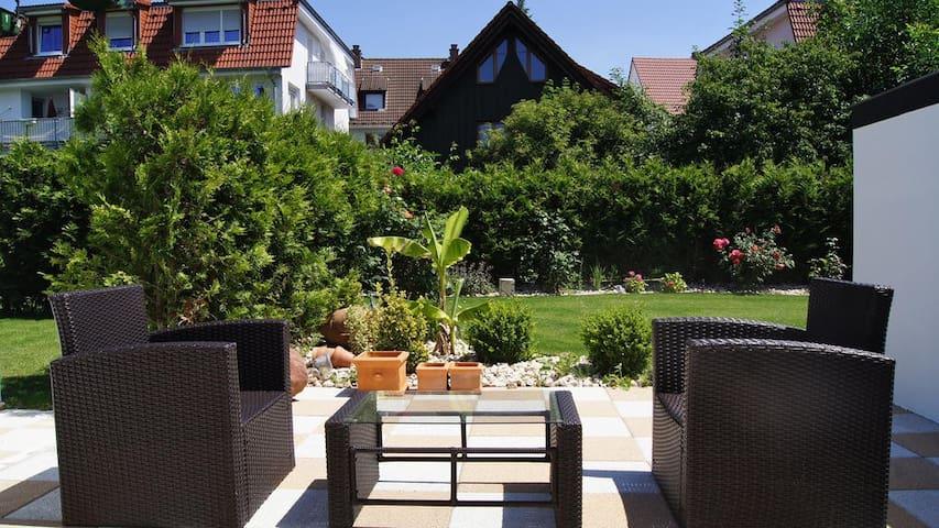 Junior Suite mit Zugang zum Garten und Pool