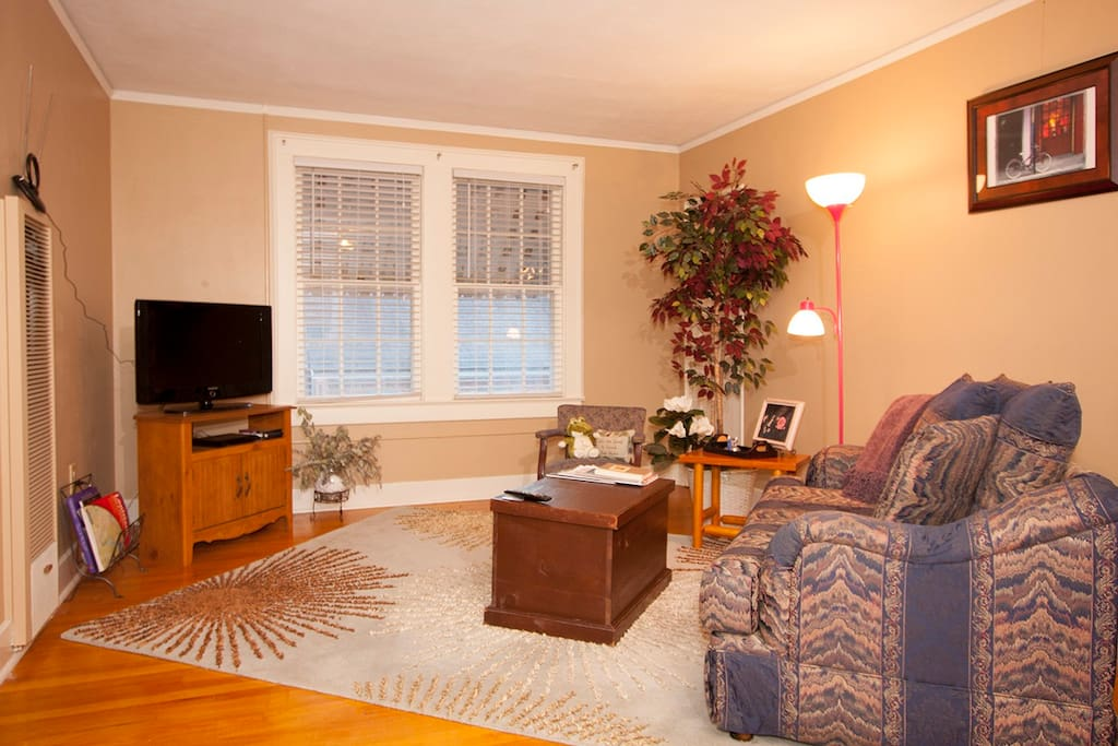 Quaint apt 4 blks south of lsu apartments for rent in baton rouge louisiana united states for One bedroom apartments near lsu