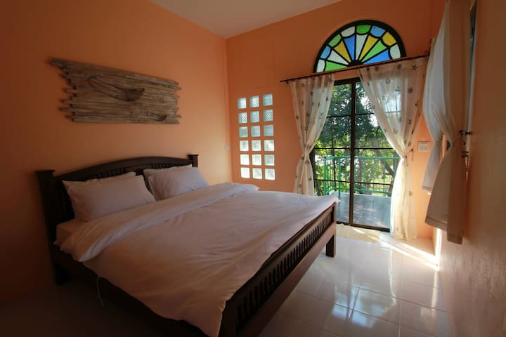 Feather room, Banklangtung Art home