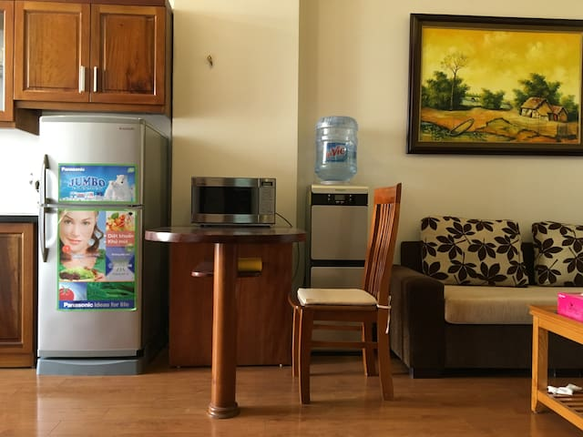 L802 Palmo Serviced Apartment 1BR - Free Laundry - Liễu Giai - Leilighet
