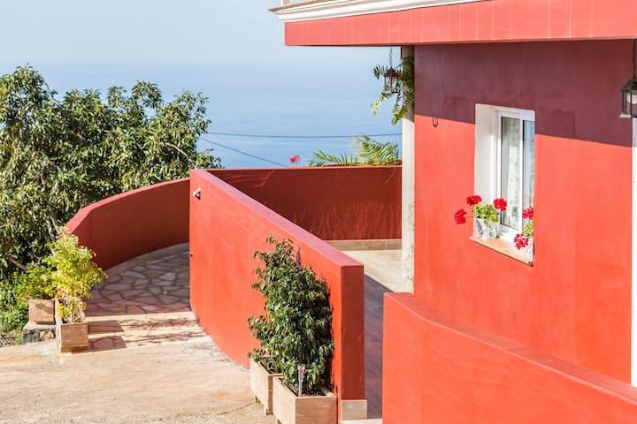 "Holiday Apartment ""Casa Quintana - Apartamento Carla"" with Sea View, Mountain View, Terrace & WiFi"