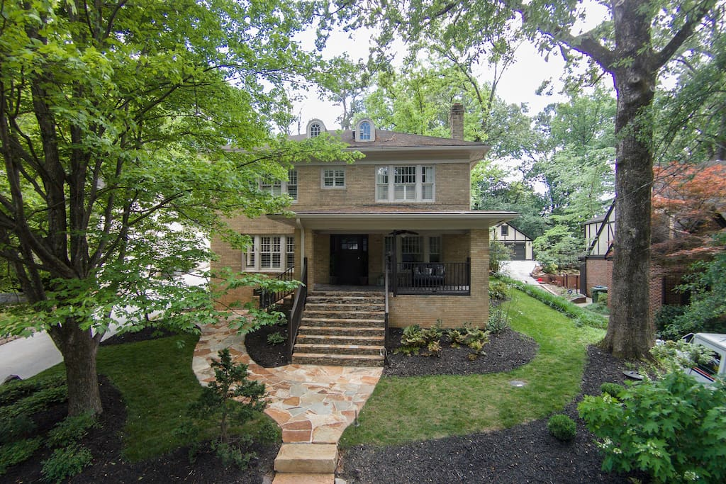 4 Bedroom Buckhead Vintage 1920s Home High End Houses For Rent In Atlanta Georgia United States