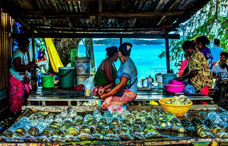 at Rawai gipsy seafood market - Daytrip around Phuket