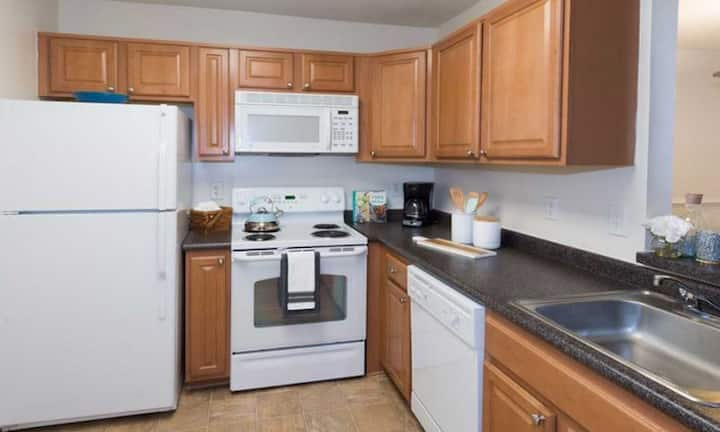 Clean, comfortable apartment | 1BR in Germantown