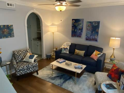Stroll to the Square from this Lovely Condo!