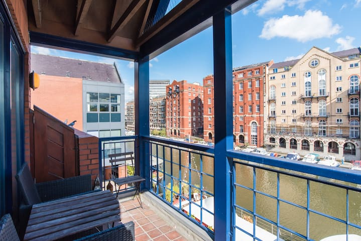 Beautiful Central Apartment with a River View - Bristol - Apartment