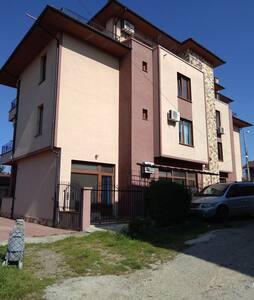 2-х комнатная квартира в Царево
