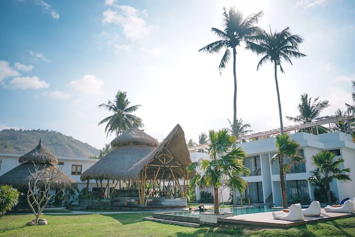 Sikara Lombok Hotel (The Supreme - Deluxe)