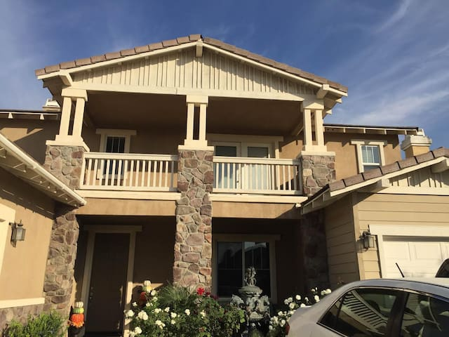 Airbnb Rancho Cucamonga Vacation Rentals Places To Stay