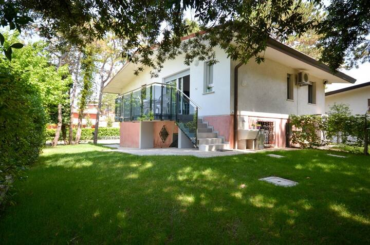 apartment for 6+1 persons in Bibione R81572