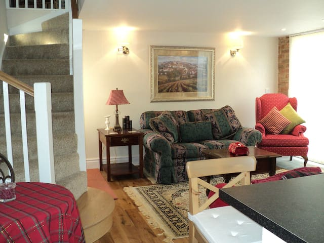 Cosy Barn Conversion, Sleeps 4,near Forest of Dean - Mitcheldean - Hus