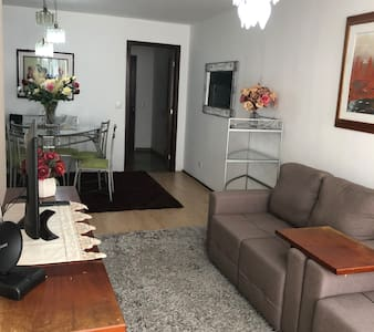 Sua casa em Ponta Grossa, conforto tranquilidade