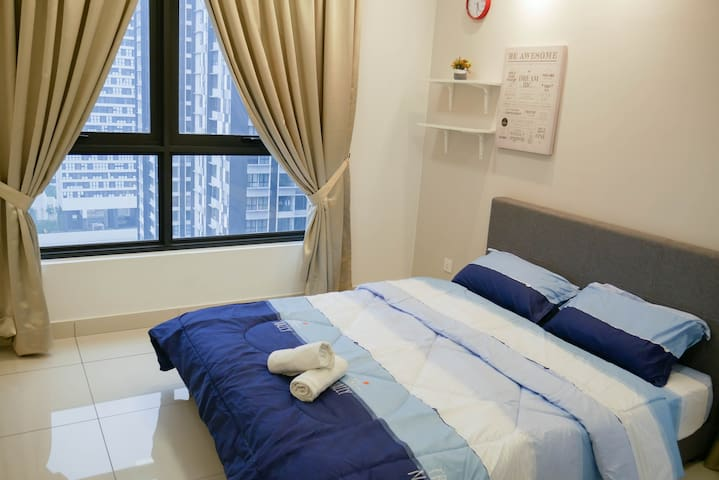 #4 Well Appointed Apartment@Dsara MRT linked