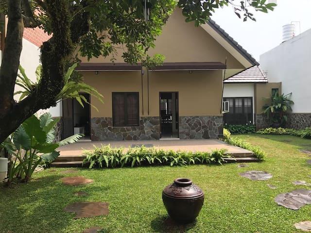 Bintaro House sektor 9