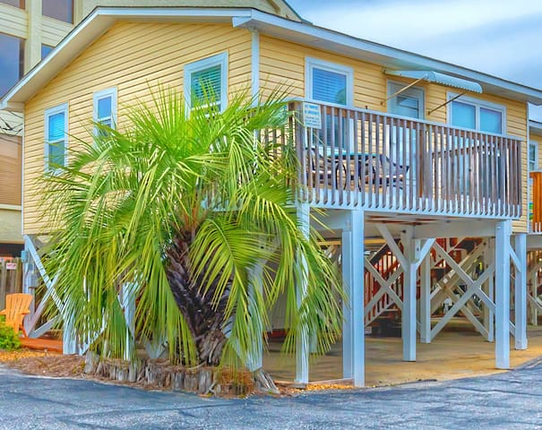 """Sun Baby"" Key West Cottage-Steps 2 Sea, Pool/Pets - Gulf Shores - Banglo"