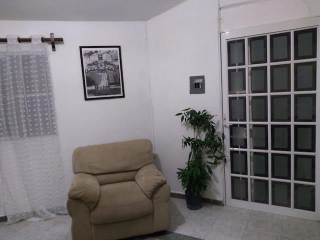 Casa Dos Lunas