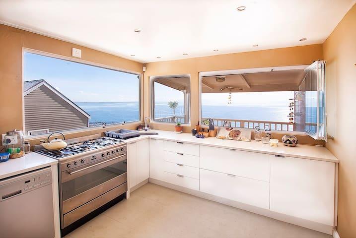 Self Catering suite in Beach Villa - Kaapstad - Huis