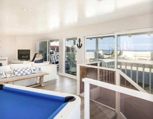 Oceanview Penthouse, Beach Access, The Strand
