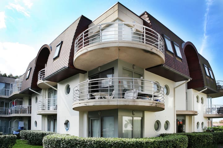 Stylish Apartment in Bredene with Swimmming Pool and Garden