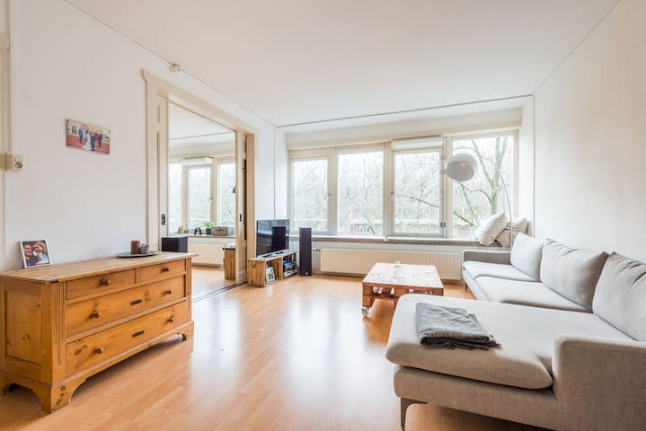 Bright and spacious apartment near Vondelpark - Amsterdam - Apartemen