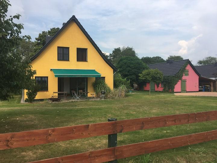 Stilvolles Landhaus, weiter Blick, viele Extras!