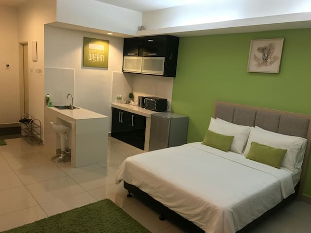 Viana Studio Apartment WCY