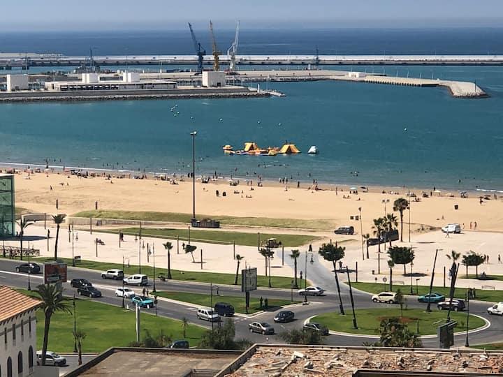Studio corniche belles vues centre ville de Tanger