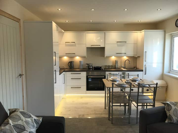 Luxury 2 Bedroom Apartment in Llandudno