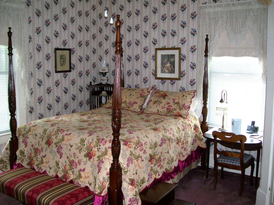 High, queen size, four-poster, Rice bed, with stairs