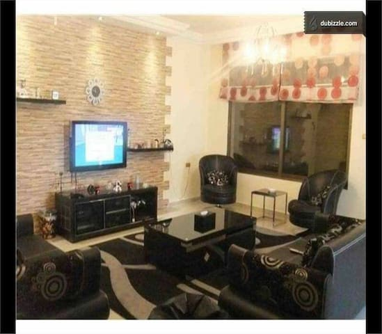 Furnished apartment with roof 375m2 - Amman - Byt