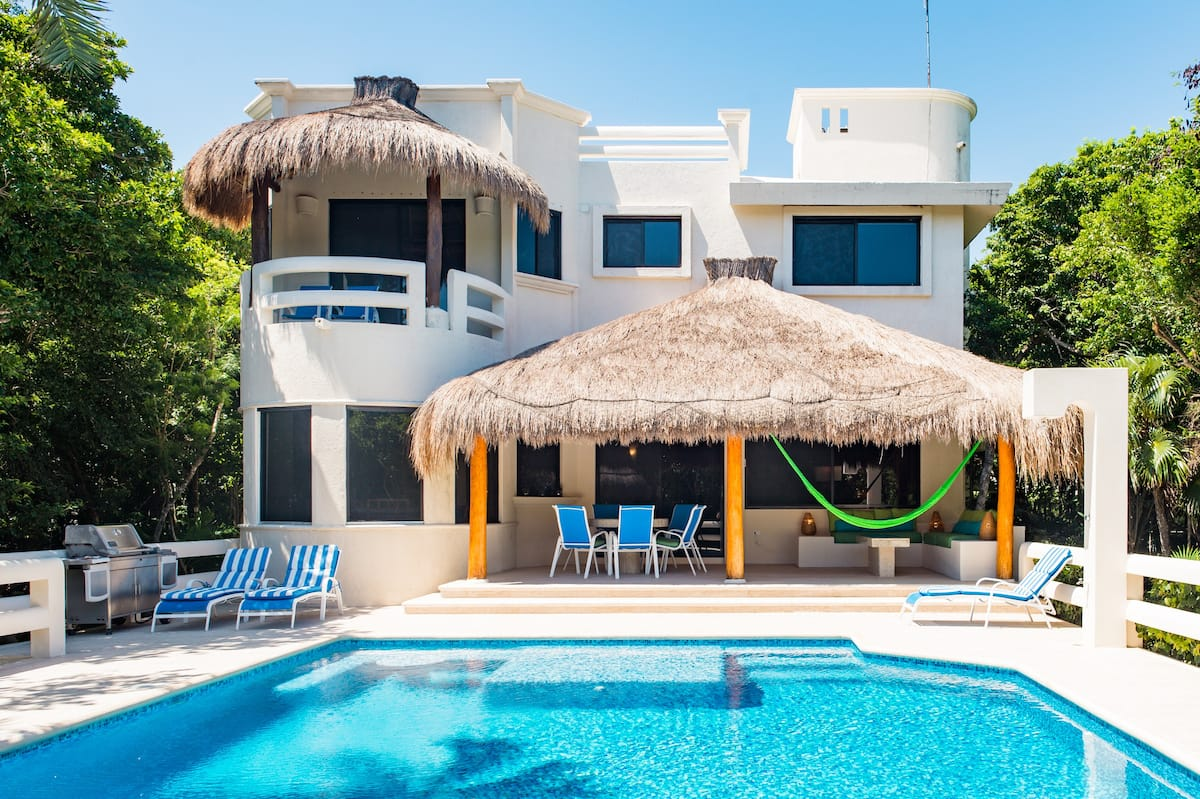 Mayan-Inspired Villa with Tropical Swimming Pool